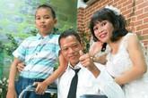 """Hạnh phúc của cặp đôi khuyết tật mà đám cưới từng """"vắng"""" chú rể"""