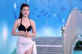 Kênh truyền hình Việt để MC nữ mặc bikini dẫn World Cup