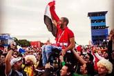 Nhiều người đã rơi nước mắt vì 4 câu chuyện cảm động xảy ra ở World Cup năm nay