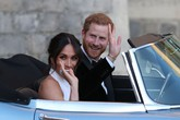Chiếc vòng tay Harry đeo suốt 20 năm sau khi Diana qua đời
