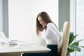Dân văn phòng đứng ngồi không yên vì bệnh trĩ