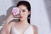 """Hình ảnh Hoa hậu Kỳ Duyên """"lún sâu"""" vào ăn mặc hở hang"""