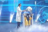Ảo thuật siêu phàm khiến người xem rùng mình với màn 'gắp' đầu người trên sân khấu