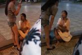Bị tát và lột áo đánh ghen giữa đường, người phụ nữ vẫn bình thản: 'Chị sẽ không bao giờ đánh em lại hết'