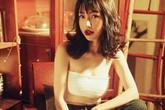 'Mẹ hai con' Elly Trần mặc gợi cảm khoe eo thon