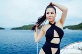 Thu Minh khoe thân hình nóng bỏng với bikini ở tuổi 40