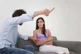 Nếu đàn ông cứ lặp đi lặp lại hành động này thì con đường dẫn phụ nữ đến ngoại tình không còn xa