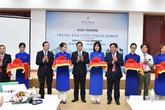 Khai trương trung tâm phẫu thuật robot tư nhân đầu tiên tại Việt Nam