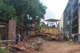 Thanh Hóa: 4 công nhân thương vong do sập tường rào