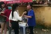 Xôn xao 2 thiếu nữ Hải Dương lao vào đánh nhau trước cổng trường tiểu học