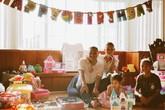 Vợ chồng Kim Hiền làm tiệc sinh nhật cho hai con
