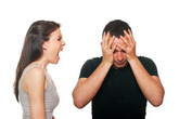 Bố mẹ tố cáo lẫn nhau khi cả hai đều vướng chuyện cặp kè