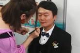 Chàng trai rơi nước mắt vì hôn thê mất ở bệnh viện vài phút trước cưới