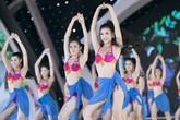 Thí sinh hoa hậu Việt Nam trình diễn bikini nóng bỏng