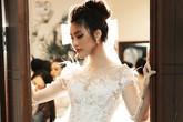 Lan Khuê: 'Màn cầu hôn của Tuấn John là món quà bất ngờ nhất'