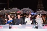 Khán giả 2 lần bỏ về ở đêm diễn thời trang Hoa hậu Việt Nam