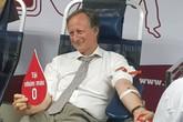 Trưởng phái đoàn Liên minh Châu Âu tại Việt Nam tham gia hiến máu