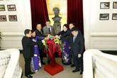 Bệnh viện K khánh thành tượng đài người đầu tiên đạt 2 giải Nobel