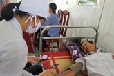 """Nam Định - tỉnh 1,9 triệu dân - """"kêu"""" thiếu hơn 200 bác sĩ vì không có nguồn để tuyển"""