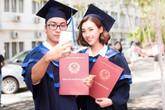Đỗ Mỹ Linh tốt nghiệp đại học trước ngày trao lại vương miện Hoa hậu