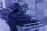 Vừa chào đời được 6 tiếng, bé sơ sinh bị bắt cóc khi nằm ngay cạnh mẹ trong bệnh viện