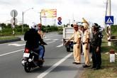 Sau một tuần thiết lập trật tự, an toàn giao thông: Hơn 400 trường hợp bị tước giấy phép lái xe