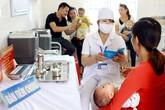 Chuyên gia mách cách chăm sóc trẻ sau tiêm phòng