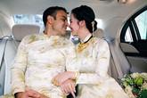 Lấy chồng doanh nhân Ấn Độ, cô dâu Võ Hạ Trâm đeo vàng trĩu cổ trong đám cưới