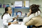 Tăng cường tiếp cận bền vững dịch vụ KHHGĐ, chăm sóc SKSS chất lượng tại Việt Nam