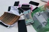 9X trộm hơn 160 triệu đồng và 15 iPhone của chủ cũ