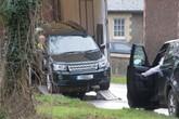 Chồng Nữ hoàng Anh lái xe không thắt dây an toàn