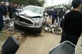 """Lái xe ô tô """"điên"""" tông liên hoàn 4 xe làm 2 vợ chồng tử vong tới công an trình diện"""