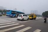 Chặt chém phí cẩu xe ở Hà Nội: Công an phường, quận nói gì về việc cẩu xe giá 'chát'?