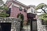 Căn nhà vườn tinh tế, nơi nữ ca sĩ xinh đẹp vừa tự tử sống những ngày cuối cùng