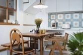 Cặp vợ chồng trẻ khiến nhiều người thán phục khi cải tạo nhà 32m² thành không gian sống đẹp tiện nghi