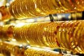 Giá vàng hôm nay 25/10: Tiếp tục tăng mạnh do đồng đô la Mỹ suy yếu