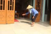 Hải Dương: Chồng về nhà bố mẹ vợ cầm dao chém vợ và bạn trai