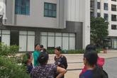Vụ bé gái rơi từ tầng 39 ở Hà Nội: Gọi con gái dậy ăn sáng đi học, bố mẹ hốt hoảng đi tìm thì chết lặng trước sự thật đau lòng