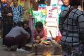 Hà Nội: Phát hiện thi thể hài nhi 4kg trong thùng rác