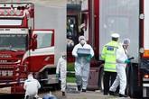 Thủ tục công bố danh tính 39 nạn nhân tử vong ở Anh rất phức tạp