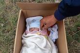 Hà Nội: Kêu gọi người thân nhận lại bé sơ sinh bị bỏ rơi ở vệ đường