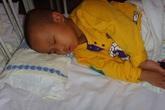 3 thói quen gây hại cho trẻ trước khi ngủ, bảo sao con mình lại lùn hơn con hàng xóm