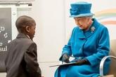 Nữ hoàng Anh tuyển trợ lý giúp 'sống ảo' trên mạng xã hội, chăm sóc các fanpage Hoàng gia, mức lương lên đến 1,5 tỷ