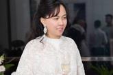 Giống công nương Kate, Phượng Chanel cũng lôi áo cũ 3 năm ra diện lại: Lỗi thời hay tinh tế?