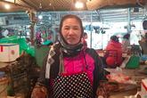 VIDEO: Vào chợ xem người bán cũng kêu trời vì giá thịt lợn!