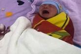Bé sơ sinh bị bỏ rơi trước cổng nhà nghỉ kèm lời nhắn của mẹ