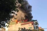 Hà Nội: Cháy lớn tại quán karaoke trên phố Thi Sách