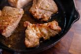 """Không ngờ chỉ cần thêm nguyên liệu này món thịt chiên đã """"nâng tầm"""" hơn hẳn"""
