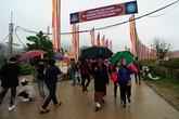 Hàng nghìn phật tử đội mưa đến Tây Thiên nghe Đức Gyalwang Drukpa giảng đạo trong Pháp hội cầu an Đại bi Quan âm 2019