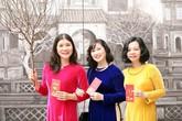 Không gian văn hóa Tết phố Phùng Hưng khai trương, người dân Hà Nội đổ đến check-in